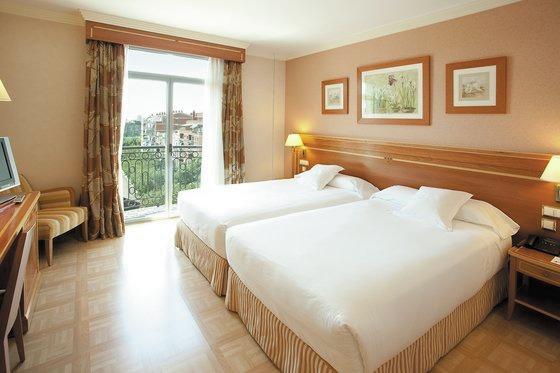 Transeurope spanje madrid reserveer hotel vp jardin for Vp jardin metropolitano
