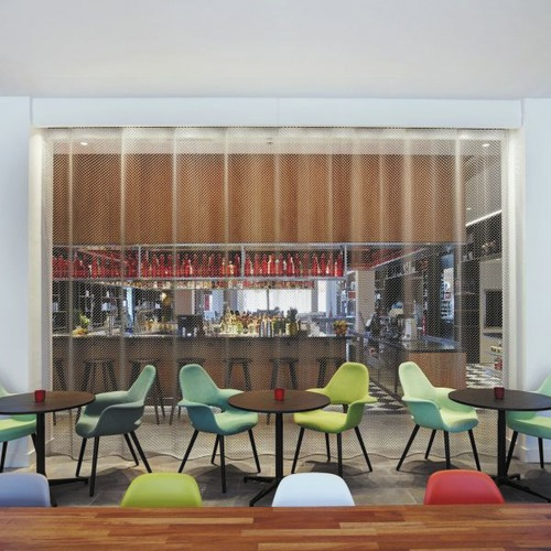 ... CitizenM Tower Of London ...